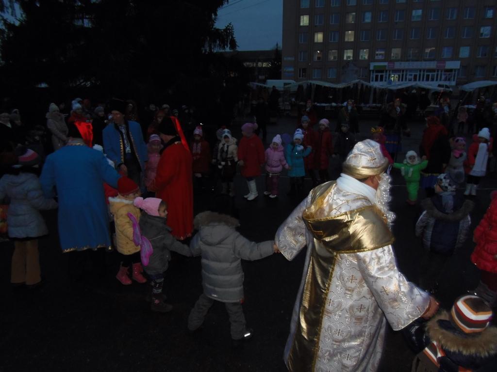 Новорічна ялинка День Святого Миколая 11