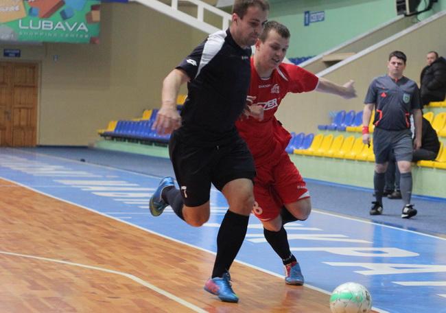 Ураган - Мошни 4-1 8 тур чемпіонату Черкас з футзалу 02