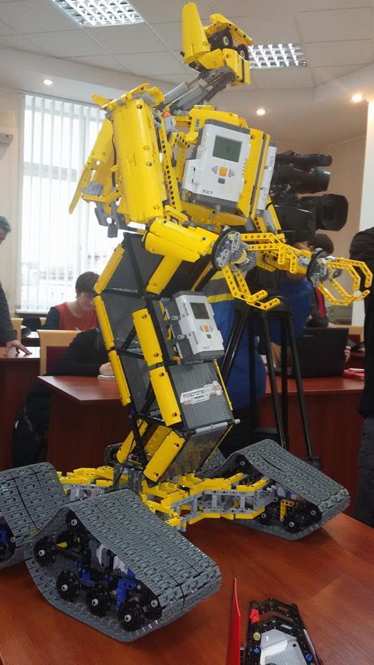 Робототехніка у школах 02