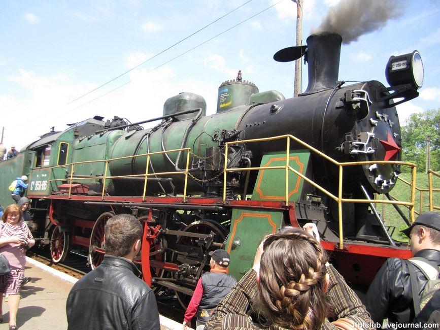 Ретро потяг Золотоноша 02