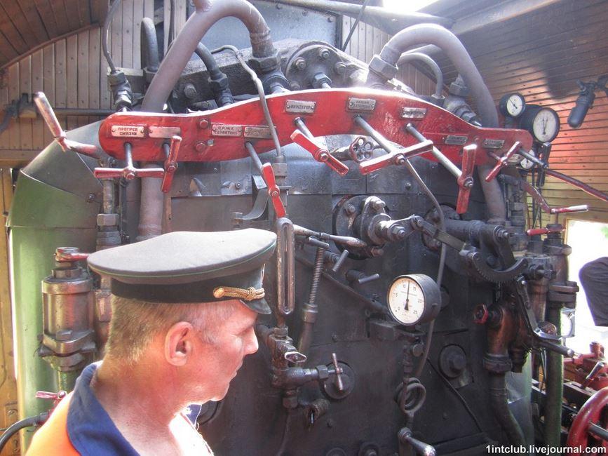 Ретро потяг Золотоноша 03