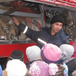 Рятувальники демонстрували техніку та показували майстер-клас учням СШІТ [ФОТО]
