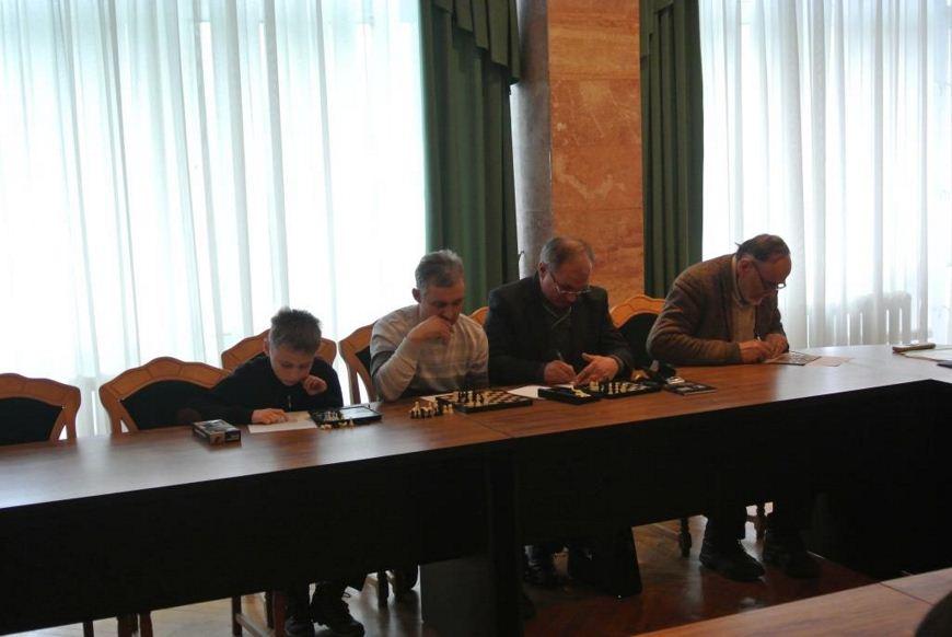 Ковтунівський НВК шахи 03 [870_650]