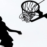 Баскетбол: напружена битва середняків та повернення молодої зірки