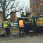 На дорогах міста випробовують технологію укладання холодного асфальту