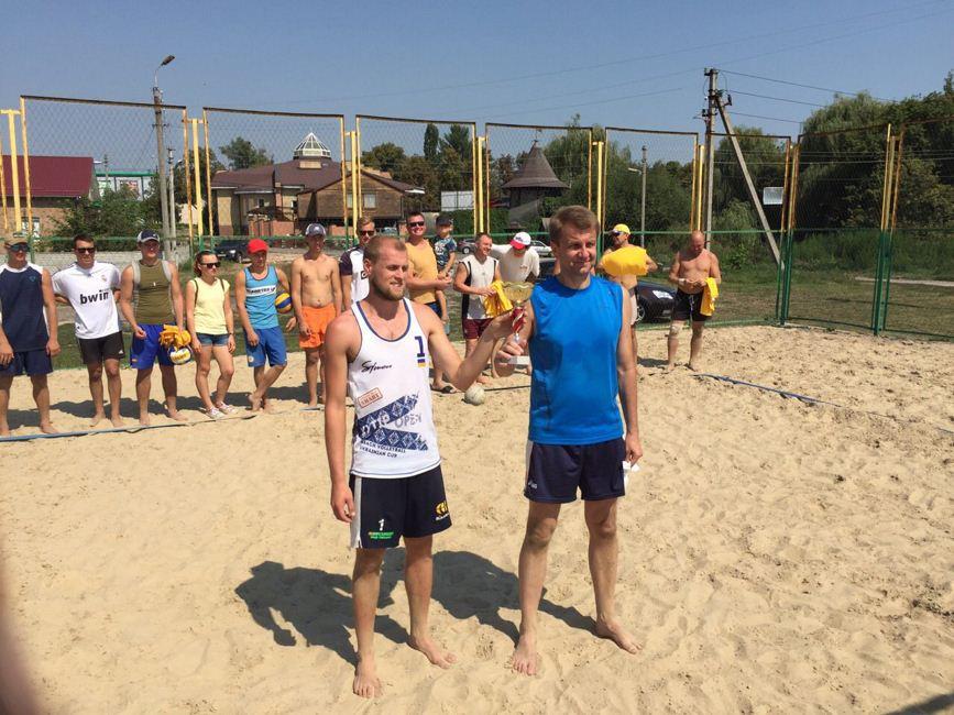 Пляжний волейбол 02