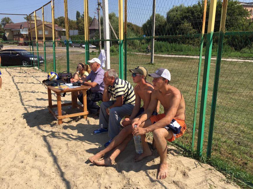 Пляжний волейбол 04