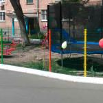 На вулиці Незалежності відкрили дитячий майданчик [ФОТО]