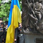 У сквері Неверовського відкрили пам'ятник Чорним Запорожцям [ФОТО]